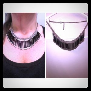 """18"""" Elegant black and silver necklace"""